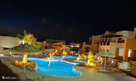 In the evening the pool and terraces are illuminated.