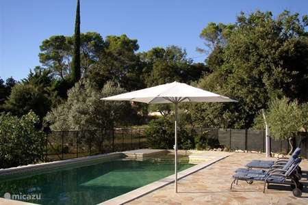 Vacation rental France – holiday house Leï Restanques