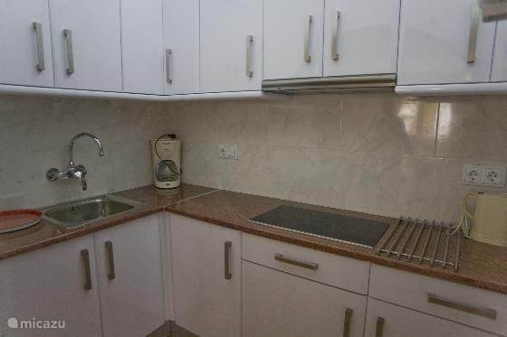 keuken appartement beneden