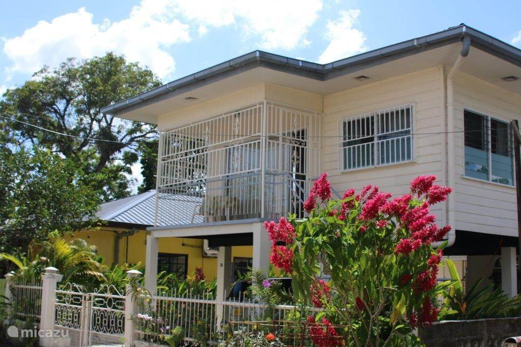 Vakantiehuis Suriname, Paramaribo, Paramaribo - geschakelde woning Casa Solarida:aantrekkelijk geprijsd
