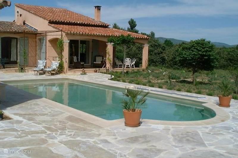 Vacation rental France, Var, Régusse Villa Lilas d'été Lac StCroix GorgesVerdon