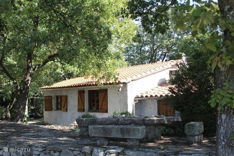 Vacation rental France, Languedoc-Roussillon, Bédarieux holiday house Mont Joia