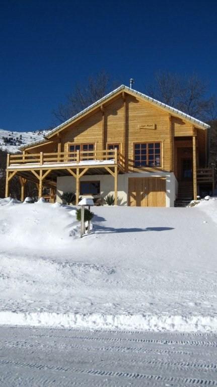 Toch nog een wintersportvakantie? De zon schijnt en de sneeuw ligt er. Nu van 21-1 tm 4-2-2017 voor €600,-.p.w. 4-2 tm 11-2-2017 voor €800,- ex.electr