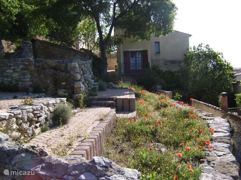 Vacation rental France, Provence, Beaumes de Venise - holiday house La Ruine