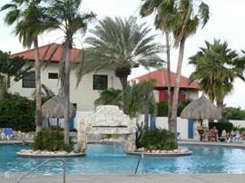 Het zwembad is het paradepaardje van het park. Het is een van de mooiste van alle vakantieparken op Curacao.