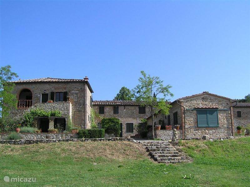 Vacation rental Italy, Tuscany, Casole d'Elsa - apartment Rofena