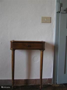 Traditionele Toscaanse details in de slaapkamer