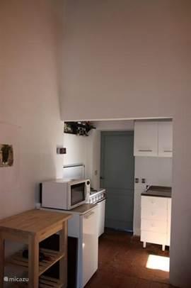 Eenvoudige maar nette keuken