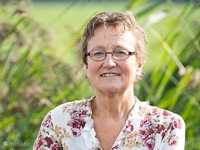 Anneke Hofland