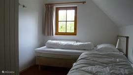 Twee persoons slaapkamer, losse bedden