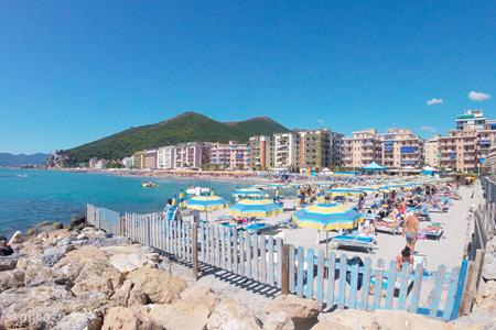 Vakantiehuis Italië, Ligurië, Borghetto Santo Spirito – vakantiehuis Autenthiek Italiaans Huis bij strand