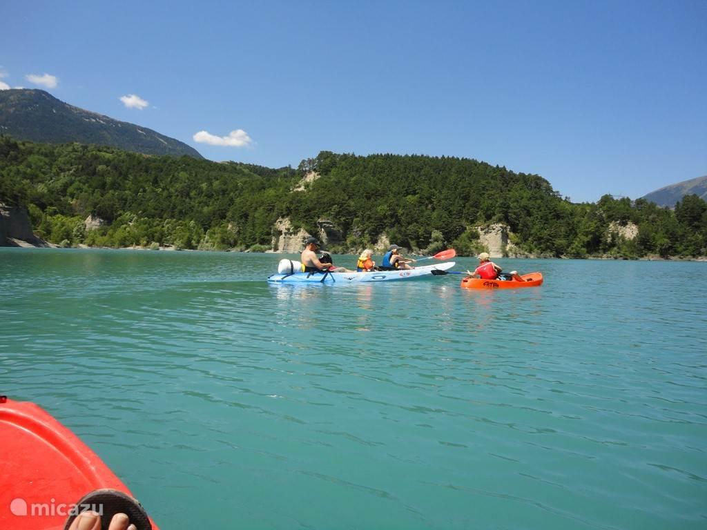 Canoeing on Lac du Sautet