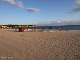 Begin juni als het strand weer wordt opgebouwd.