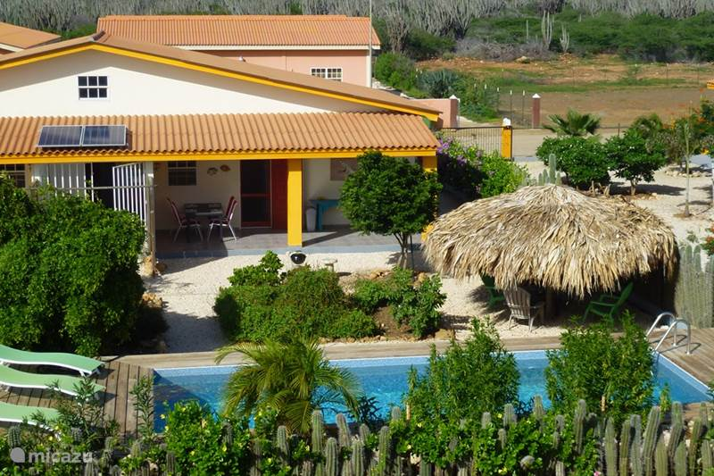 Vakantiehuis Bonaire, Bonaire, Kralendijk Vakantiehuis Kas Iguana, met privézwembad !