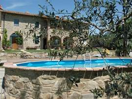 Het zwembad. Zie voor de ligging de luchtfoto.