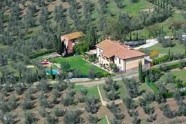 luchtfoto van het hele Podere om een beter idee van de positie te krijgen.