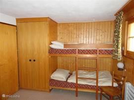 Stapelbed eveneens op slaapkamer 2