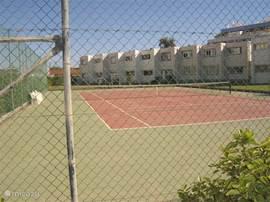 Tennisbaan te huur voor geringe kosten