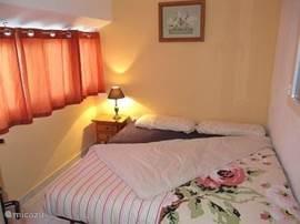 2e Slaapkamer 2 maal 1 persoons bed