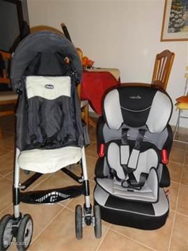 Buggy, autostoel en kinderbadje aanwezig.