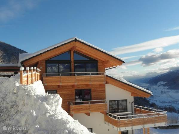 Alpine Chalet am Wildkogel; with a fantastic view over the valley and the Hohe Tauern!