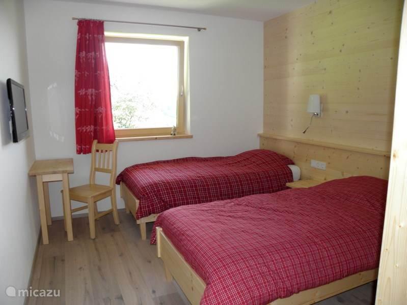 Gezellige slaapkamer voor twee personen.