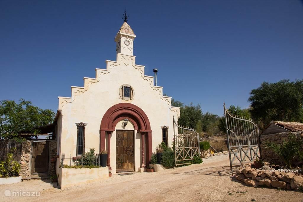 La Capilla, een sfeervol kerkje voor een super vakantie