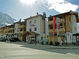 Access to the main building. We are a showpiece of touristic Kaprun.