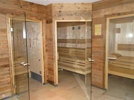 Wellness. Drie sauna's staan gratis aan u ter beschikking.