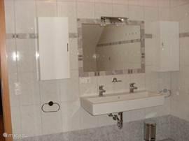double sink in bathroom 2