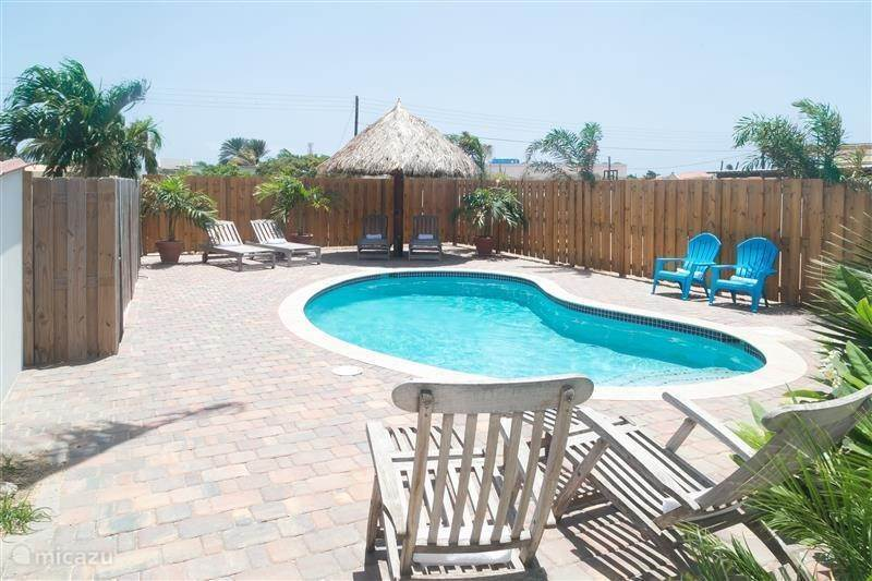 Vacation rental Aruba, North, Palm Beach - holiday house Pauline's  Vacation Villa - loopafstand Palm Beach