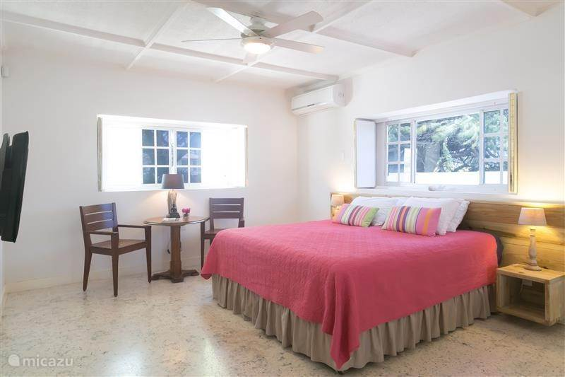 Vacation rental Aruba, Noord, Palm Beach Holiday house Pauline's  Vacation Villa - loopafstand Palm Beach