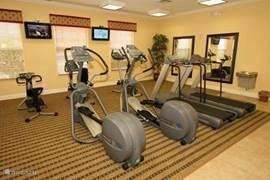 In het Community gebouw bevindt een een sportruimte met de nieuwste fitness apparaten.