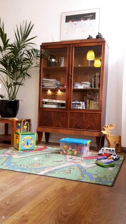 Kinderspeelgoed, boeken en borspellen