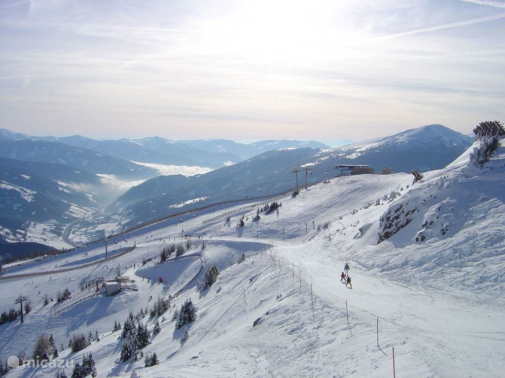Skigebied Goldeck, bergstation op 2000m