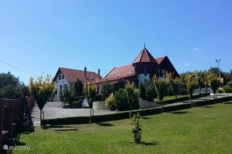 Vakantiehuis Hongarije, Baranya, Somogyharsagy Villa View to kill  met binnenzwembad en..