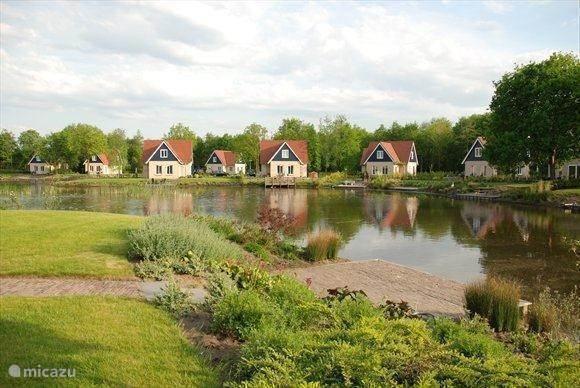 Vakantiehuis Nederland, Drenthe, Westerbork vakantiehuis Landhuis TV8**** met sauna en wifi