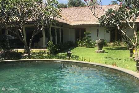 Vacation rental Indonesia – villa Villa Kayu Putih