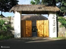 Entree naar de villa
