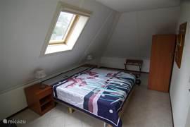 Slaapkamer 2 1e verdieping