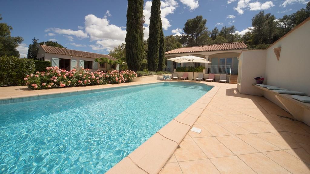 Prachtig vakantieverblijf, verwarmd zwembad. 700 korting i.v.m.annulering 25/08 - 01/09 van 2175 voor 1475,  22/09 - 05/10, 2 w., van 2280 voor 1580.