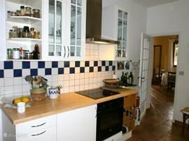.. en de andere kant van de keuken