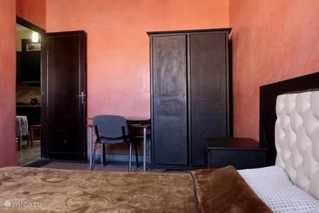 Vakantiehuis ryad saloua in marrakech marrakech marokko huren - Slaapkamer marokko ...