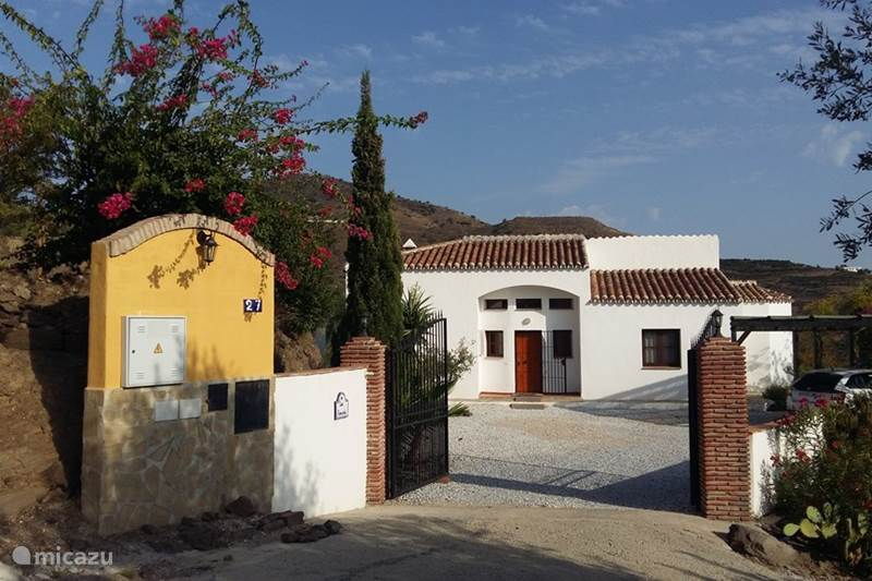 Vacation rental Spain, Andalusia, Velez-Malaga Villa Casa Pimienta