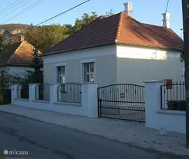 De voorzijde van het huis