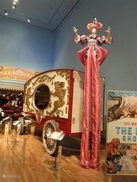 Het Ringling museum is Sarasota. De tijd van weleer. Alle circus spullen van het beroemde Ringling circus staan hier. De trein waarmee het circus door Amerika toerde. De moeite waard om eens te bezoeken.