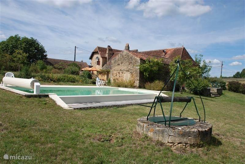 Vakantiehuis Frankrijk, Dordogne, Le Bugue Landhuis / Kasteel Le Peyrat Bas