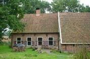 ... maar behalve natuurgebied, ook gekenmerkt door haar beschermd dorpsgezicht met fraaie saksische boerderijen