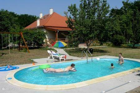 Vacation rental Hungary, Pest – villa Iskola Ház