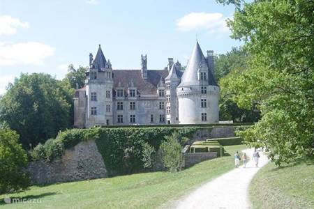 Villars with castle ruins and caves